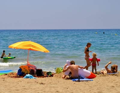 Costa d'Or:Hotel-Apartments in Calafell beach, Costa Dorada, Spain